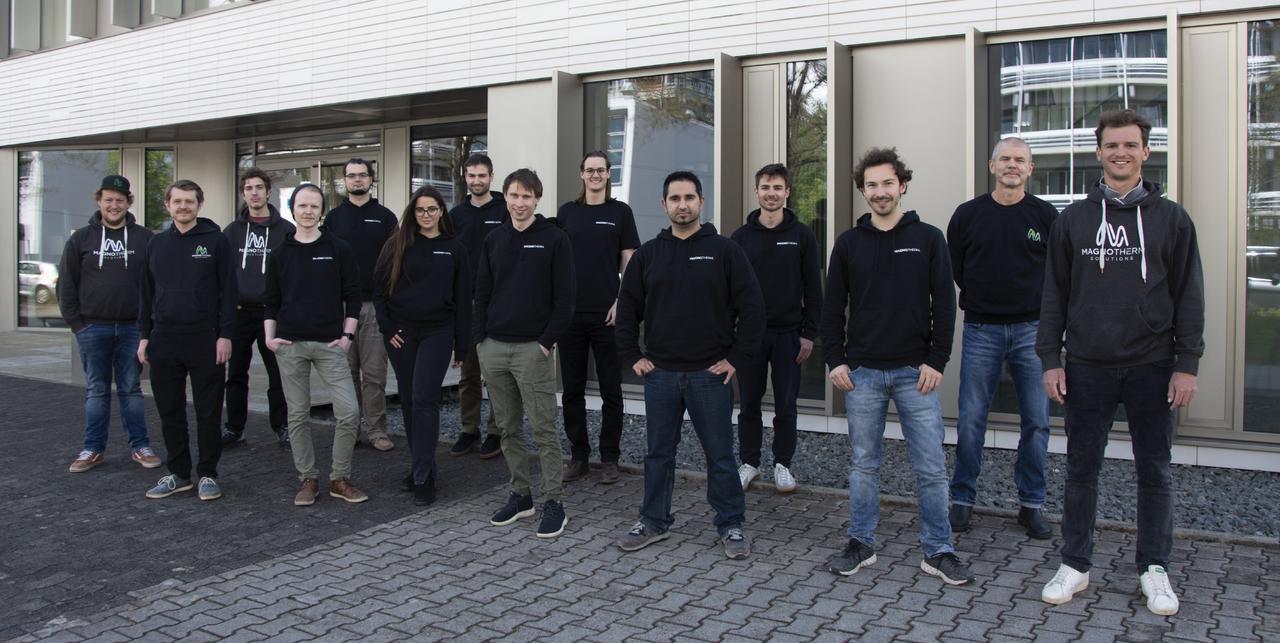 Das Team von Magnotherm.